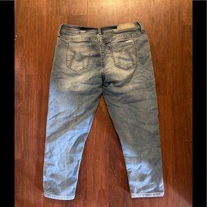 3/20$ Seven7 easy fit Capri jeans 34 x 21